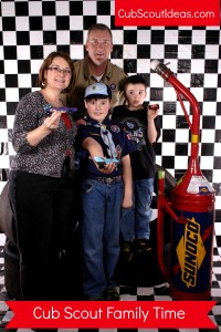 cub scout family time pinewood derby