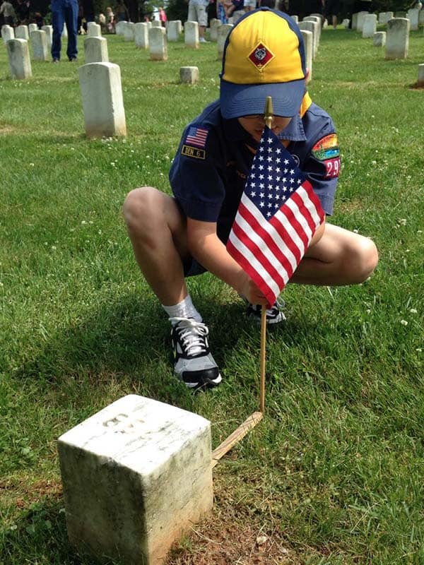 scouts memorial day flag placement