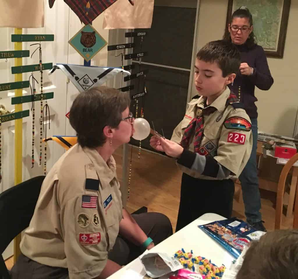 cub scout measures bubble gum bubble
