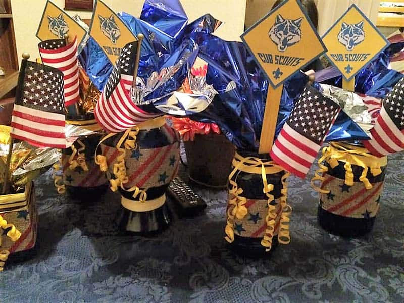 patriotic blue and gold centerpiece
