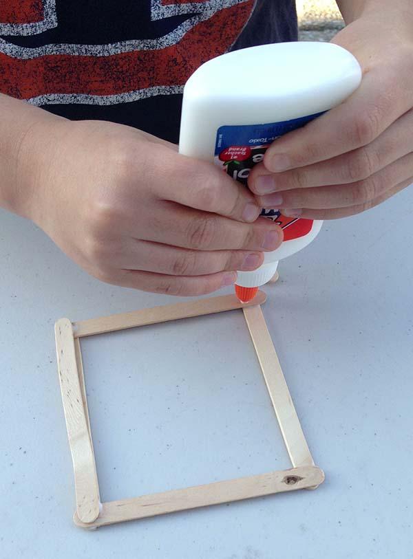 glue corners