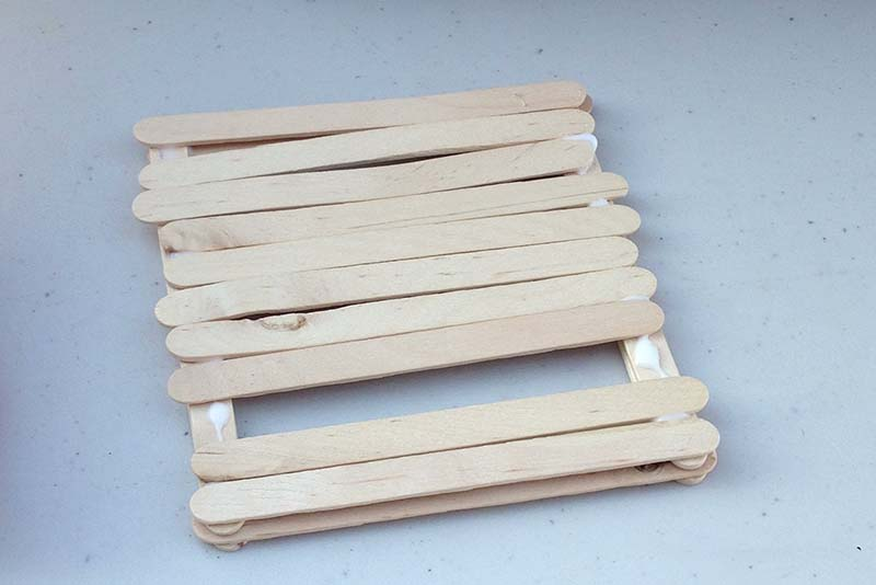 glue sticks on platform